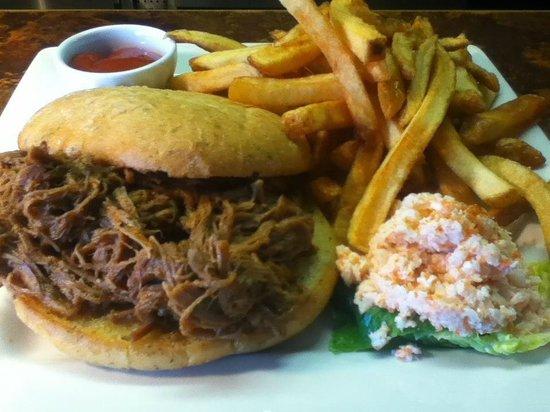Tops'l Little Vegas Dining: Pulled Pork