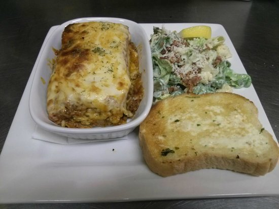 Tops'l Little Vegas Dining: Lasagna