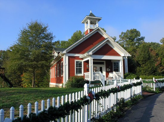 Whitestone Country Inn: The Schoolhouse