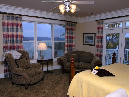Whitestone Country Inn: The Osprey