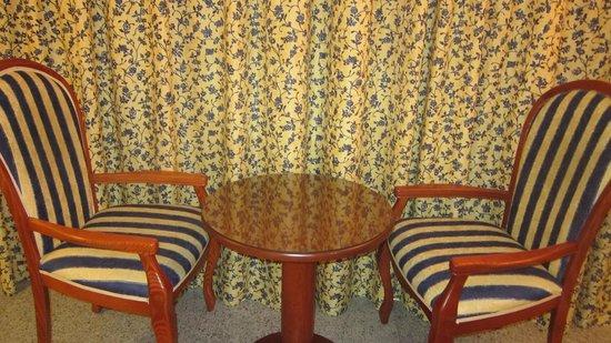 Hotel Riu Nautilus:                   Tables