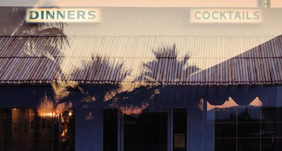 29 Palms Inn: Oasis Palm Trees Reflected in Restaurant Windows