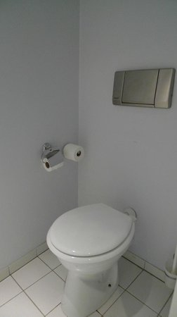 Mercure Paris La Villette: toilet