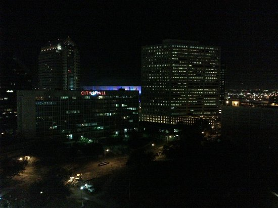 Holiday Inn Downtown Superdome:                                     Night Balcony View from room - 17th floor facing Loyola