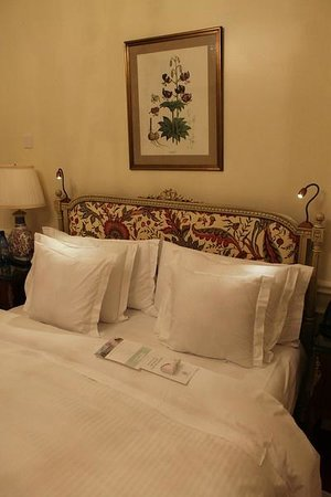Alvear Palace Hotel:                                     jr suite turn down service