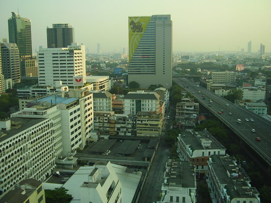 Novotel Bangkok Fenix Silom:                                     The view