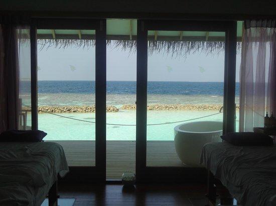 Vakarufalhi Island Resort:                   Cabina Spa bellissima !