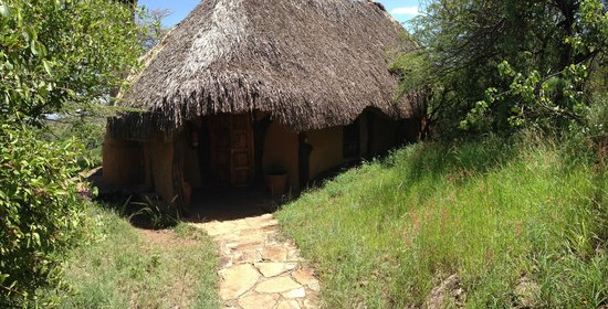 Lewa Wilderness:                   Gorgeous thatched cottage