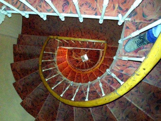 Hotel La Gioconda:                   la scala