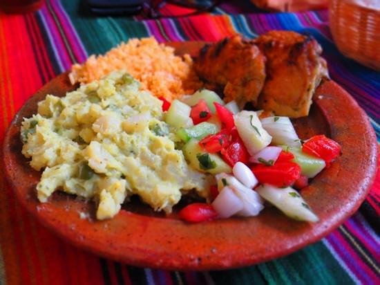 Rincon Tipico:                   A complete lunch for 20Q