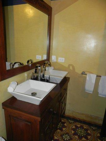 Hotel Casa Amani:                   baño