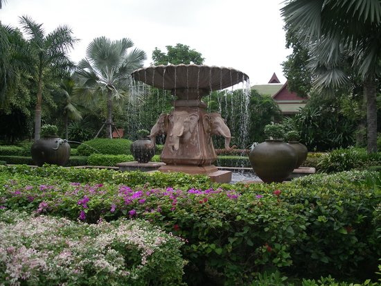 ‪‪Hyatt Regency Hua Hin‬:                                     elephant fountain