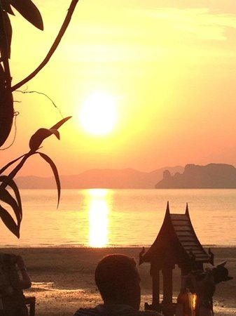 Amari Vogue Krabi:                   Sunset