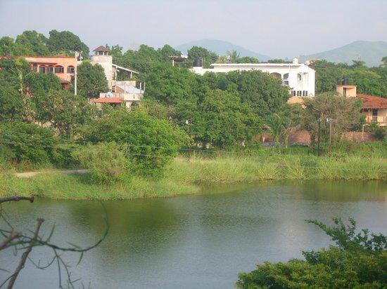 Paradise Lagoon Hotel