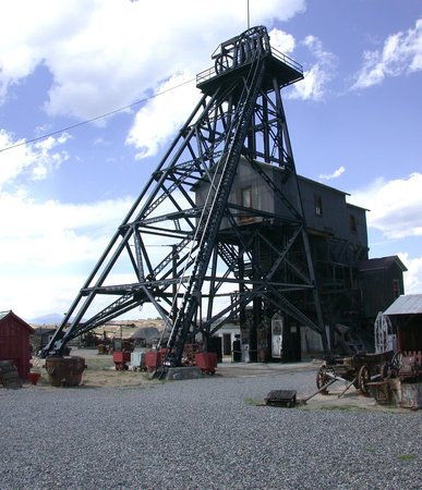 World Museum of Mining: Orphan Girl Headframe