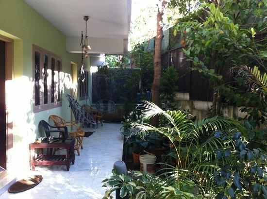 El-Paradiso :                                     Garden area