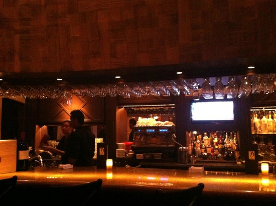 Perry's Steakhouse & Grille: Bar