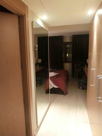 Hotel Galanthus & Spa:                   Entrada habitación