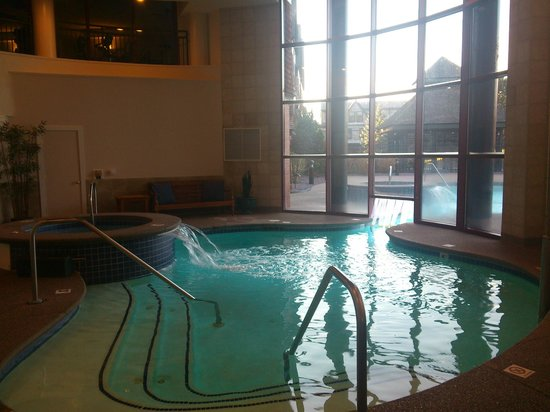 Wyndham Long Wharf Resort:                   indoor/outdoor pool
