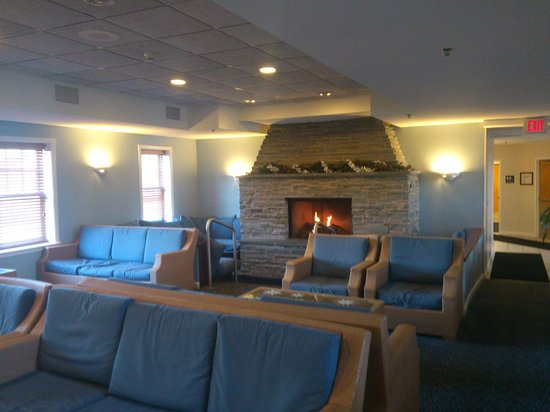 Wyndham Long Wharf Resort:                   common area