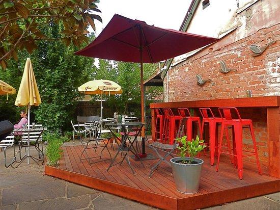Bacchus Marsh, ออสเตรเลีย: Outdoor courtyard