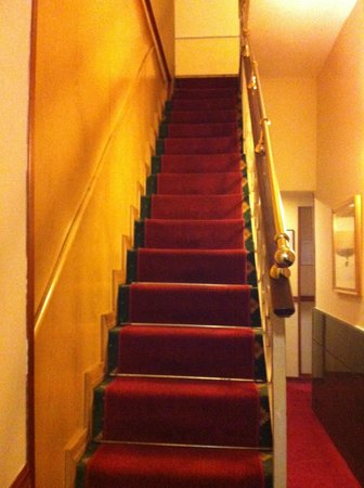 Hotel Oxford:                   Stair to upper floors