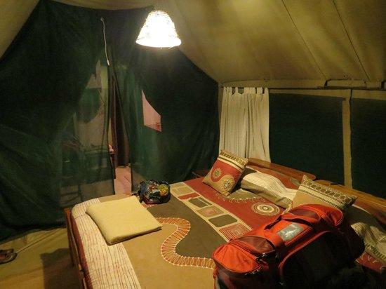 Tarangire Safari Lodge: Tent with king-sized bed