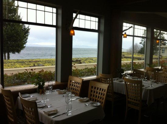 Kingfisher Oceanside Resort and Spa:                   View from the restaurant
