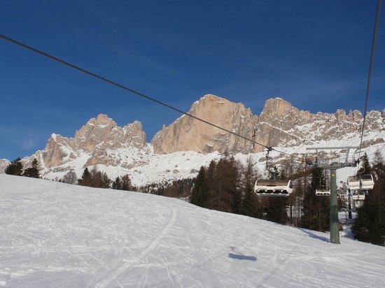 Carezza Ski:                   Seggiovia verso la Paolina