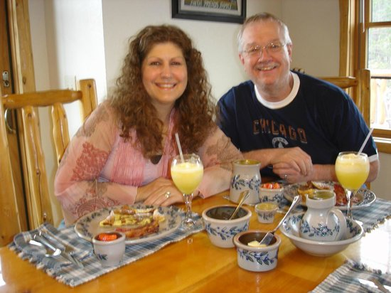 Second Wind Country Inn: Happy guests.