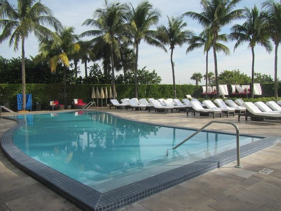 Hilton Bentley Miami/South Beach: Pool area
