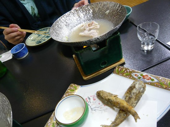 Shintsuta:                   Shabu-shabu and deep fried greeneyes(sorry, we almost ate all of them...)