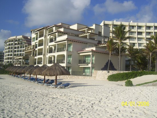 Grand Park Royal Cancun Caribe : Section royal tower