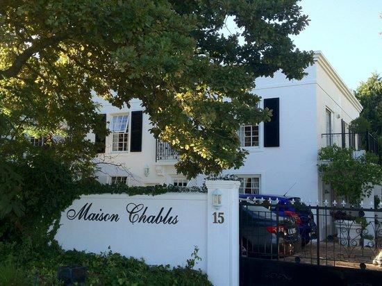 Maison Chablis Guest House: Hotel exterior