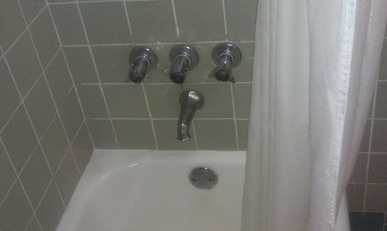 New Yorker Boutique Hotel:                                     another photo faucets