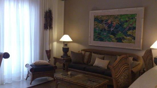 Green Garden Resort & Suites:                   lounge