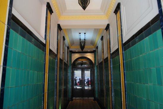 Moreno Hotel Buenos Aires:                   Entrada