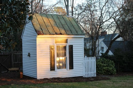 The Inn at Teardrops: Garden Shed