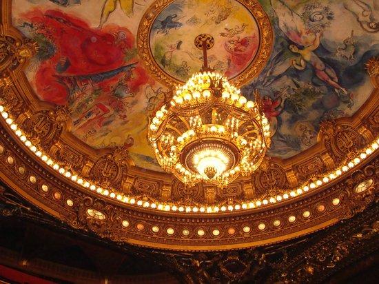 Palais Garnier - Opéra National de Paris: Lámpara de la sala del teatro de la Opera de Paris