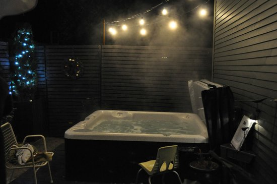 Made INN Vermont, an Urban-Chic Boutique Bed and Breakfast:                   Hot Tub
