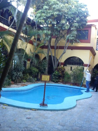 Hotel Oaxaca Real:                   Alberca