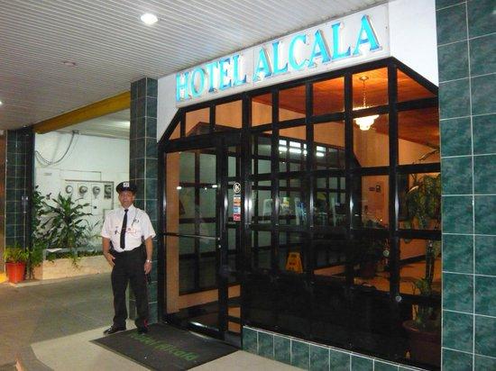 guardia de seguridad security guard picture of hotel
