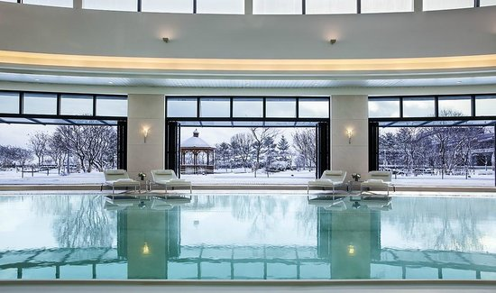 Grand Hyatt Incheon: Club Olympus - swimming pool with snow