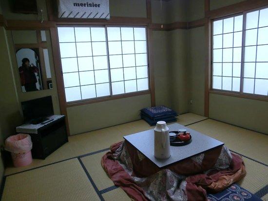 Iijikan :                   部屋