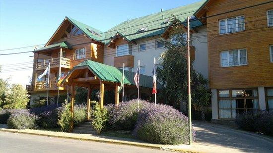 Hotel Kosten Aike:                   Fachada del hotel