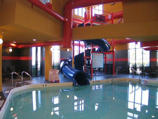 Comfort Suites Kelowna: we're the BLUE slide that's INDOOR