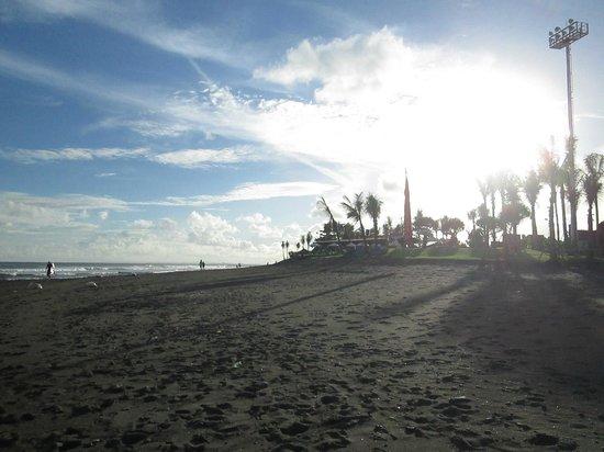 Komune Resort, Keramas Beach Bali:                   komune bali