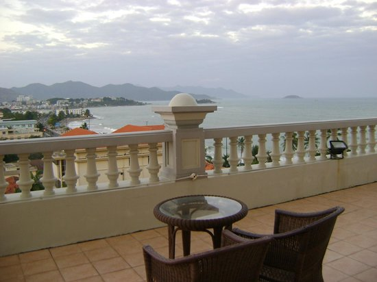 Sunrise Nha Trang Beach Hotel & Spa : From 2nd large balcony