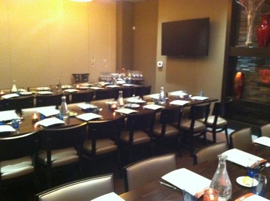 Private dining room full no dividing wall picture of for Best private dining rooms nj