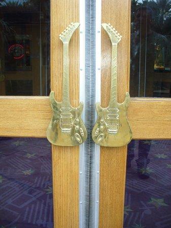 Hard Rock Hotel And Casino Las Vegas: Cool Door Handles